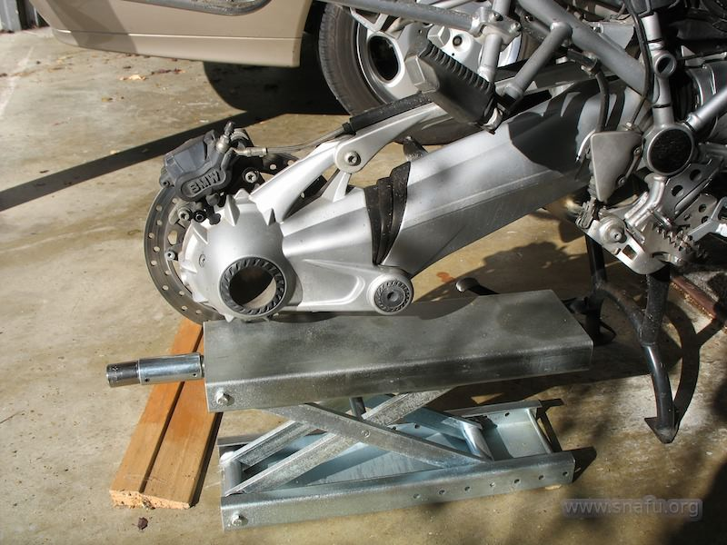Replacing The Rear Brake Rotor Part 1